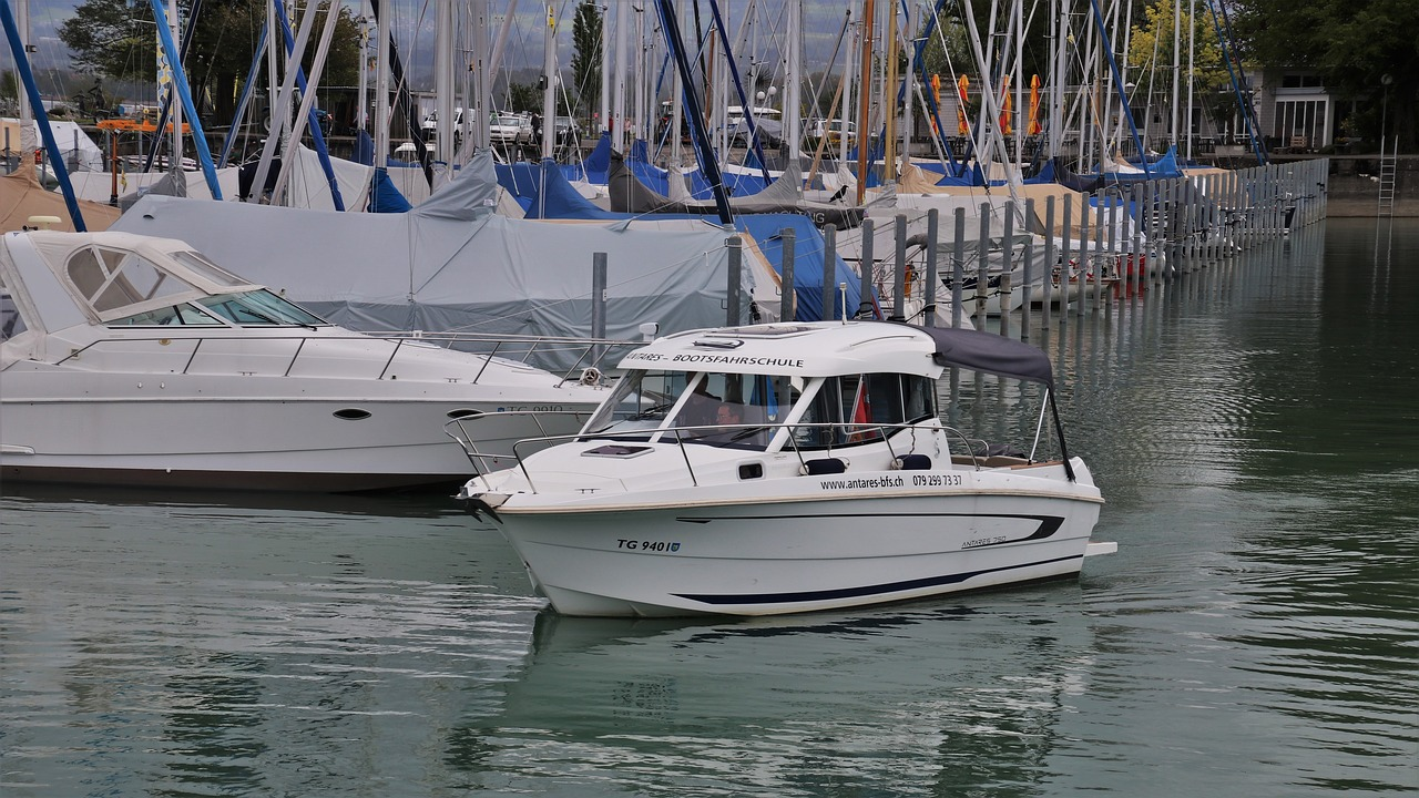 Essential Maintenance Tips For New Boaters Image