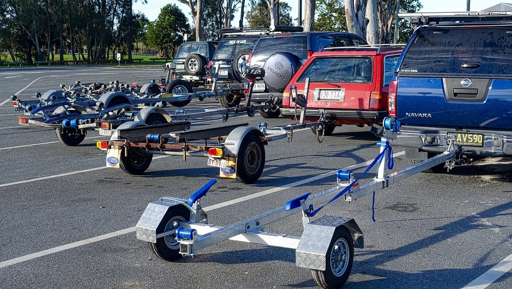 How to Clean an Aluminum Boat Trailer Image